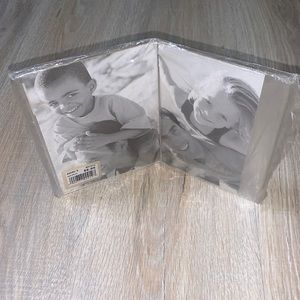 Fetco 5X7 double picture frame